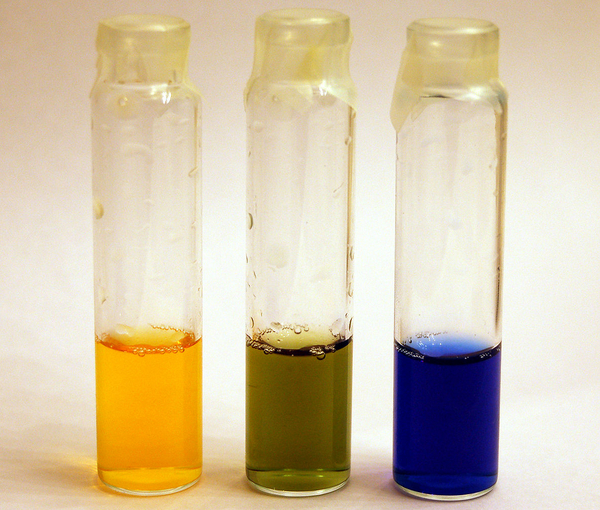 1206px Bromothymol blue colors